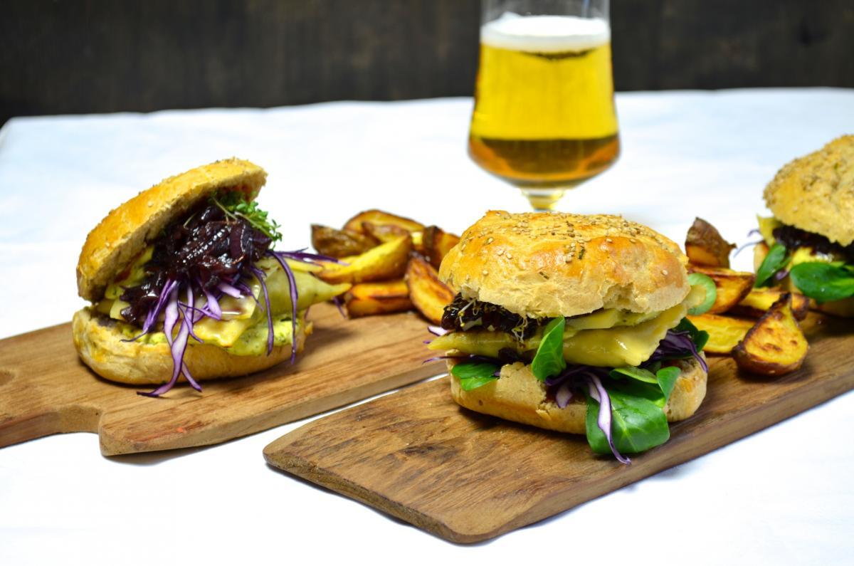 Maultaschen Burger Ye Olde Kitchen Food Und Gartenblog